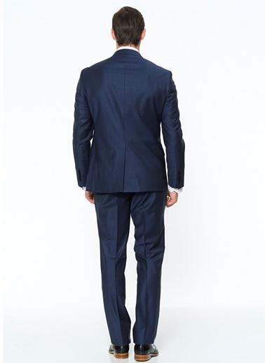 Takım Elbise-Comienzo